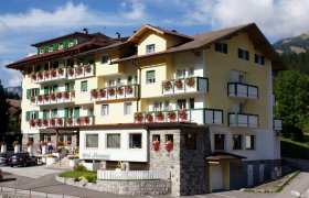 Hotel Montana (Pozza di Fassa) - Val di Fassa-0