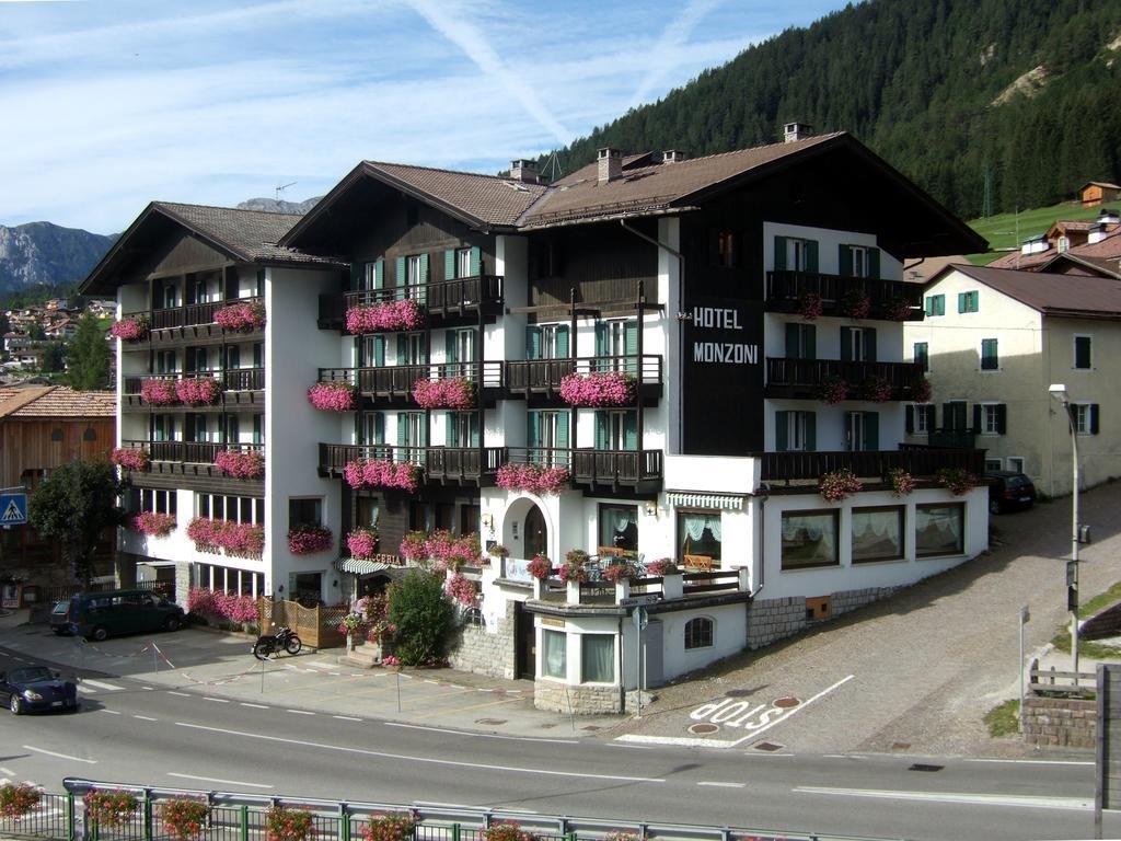 Foto Hotel Monzoni (RED)