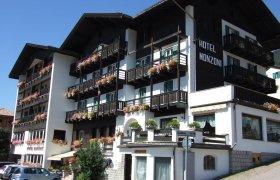 Hotel Monzoni (blu) - Val di Fassa-2